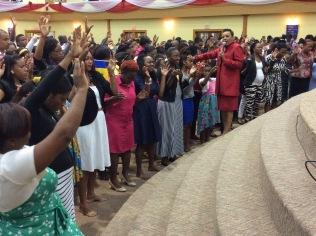 altar call at DWBB 2015